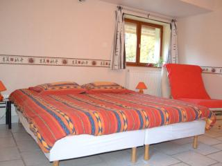 Bright 6 bedroom House in Valdrome - Valdrome vacation rentals
