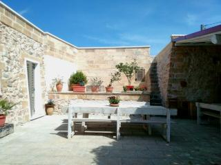 Nice Farmhouse Barn with A/C and Housekeeping Included - Torre Mozza vacation rentals