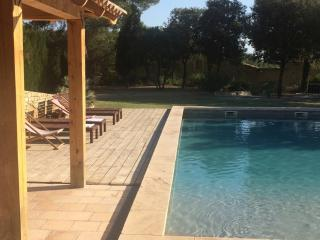 Nice 1 bedroom Gite in Sarrians - Sarrians vacation rentals