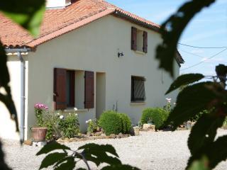 Gite Georgette - Bouglon vacation rentals