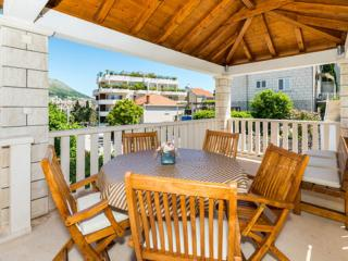 Apartments Vulicevic - Two Bedroom Apartment A4+2 - Dubrovnik-Neretva County vacation rentals