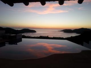 Casa Monarca, Playa La Ropa, Zihuatanejo-Mexico - Zihuatanejo vacation rentals