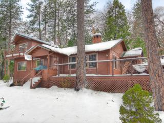 Quiet Cabin & Cottage with Lovely Gardens & Views - Bass Lake vacation rentals