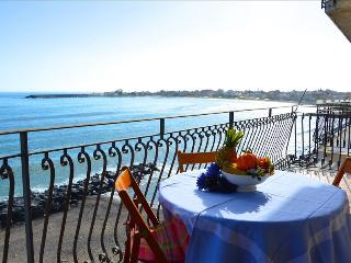 Casa Camelia - Apartment in front of the sea in Giardini Naxos - Giardini Naxos vacation rentals