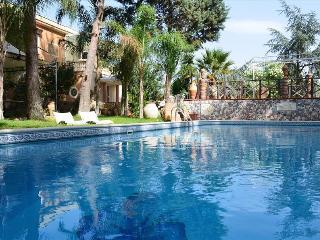 Villa Rubino - Wonderful house with private pool in Catania - Catania vacation rentals
