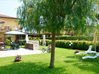 Achillea - Pretty house near the sea with  pool - Mascali vacation rentals