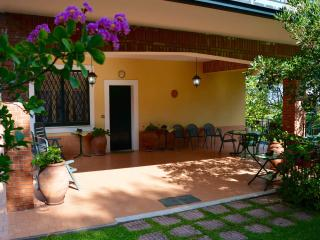 Villa Fuoco dell'Etna - house with big garden near Etna - Pedara vacation rentals