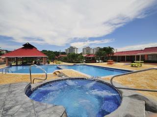 Banana # 4 - Jaco vacation rentals