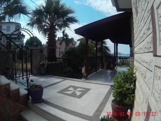 Cozy Villa with Iron and Stove in Cunda Island - Cunda Island vacation rentals