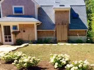 3 bedroom House with A/C in Oak Bluffs - Oak Bluffs vacation rentals