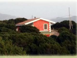 Villa a 200 metri dalla spiaggia Piano primo - Badesi vacation rentals