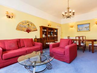 Bright 1 bedroom Apartment in London - London vacation rentals