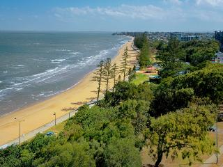 Suttons Beach Apartments Unit 10 - Redcliffe vacation rentals