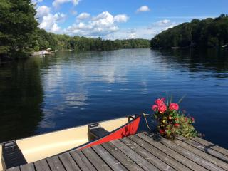3 Bedroom Cottage on Beautiful Horseshoe Lake - Parry Sound vacation rentals