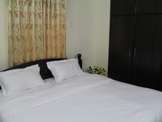 18 bedroom Guest house with Internet Access in Hyderabad - Hyderabad vacation rentals