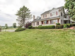 YOUR HERSHEY AREA /LANCASTER BED AND BREAKFAST, PA - Hershey vacation rentals