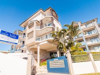 La Vida – Huge Two Bedroom Apartment - Redcliffe vacation rentals