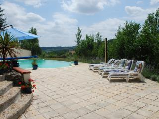 Beautiful 2 bedroom Cottage in Touffailles - Touffailles vacation rentals