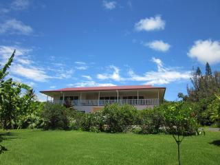 Pupukea Estate With View of Surf - Haleiwa vacation rentals