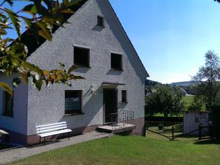 Nice House with Dishwasher and Garden - Schleiden-Gemünd vacation rentals