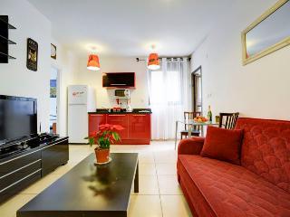 Cozy 2 bedrooms apartment near the sea - Jaffa vacation rentals