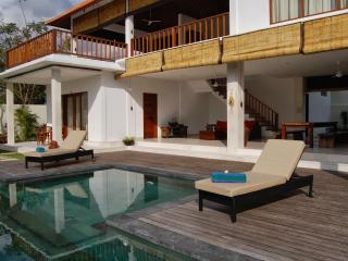 3 BR Casa Margarita at Canggu Rice Fields - Canggu vacation rentals