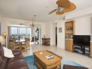 30 night minimum stay requirement. Boater's Dream 2 Bedroom 2 Bathroom Condo - Key West vacation rentals