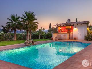 EXCLUSIVE FINCA WITH STUNNING VIEWS IN JAVEA - Javea vacation rentals