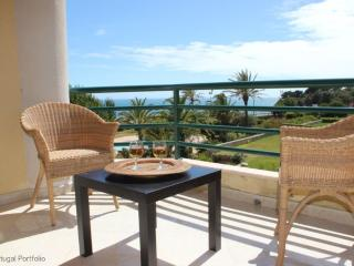 Ocean Eight - Holiday Apartment With Shared Pool - Cascais vacation rentals