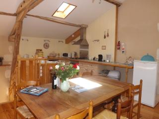 Self catering Gite with private pool. - Nontron vacation rentals