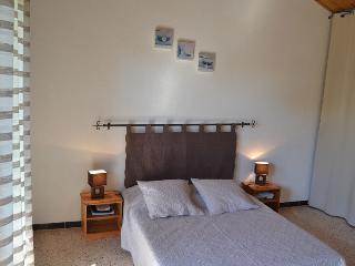 1 bedroom Gite with Swing Set in Saint-Dezery - Saint-Dezery vacation rentals