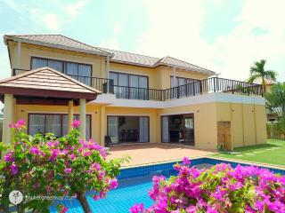 Comfortable 3-bedroom private pool villa - Layan Beach vacation rentals