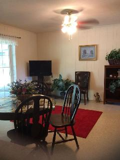 Lovely Brick Home near Scott & White Hospital - Temple vacation rentals