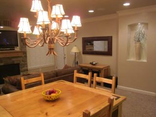 Snowbasin / Pineview Luxury Get Away - Huntsville vacation rentals