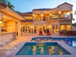 Stunning bay view Villa Tuscany - Miami Beach vacation rentals