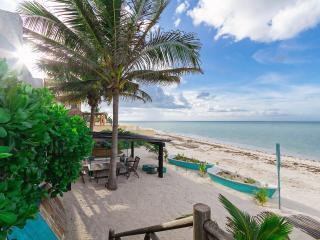 Nautical family retreat on Yucatán beachfront. - Chicxulub vacation rentals