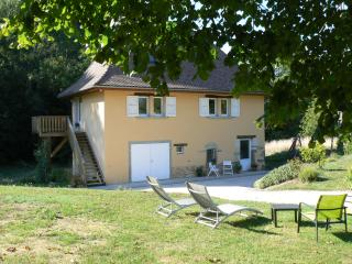 2 bedroom Gite with Outdoor Dining Area in Les Abrets - Les Abrets vacation rentals