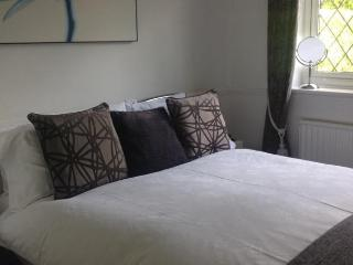 Ragged Hall Lane Bed and Breakfast - Saint Albans vacation rentals