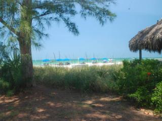 UNIQUE!  Cottage #8.. 2 PLACES NORTH OF CHATEAUX! - Indian Shores vacation rentals