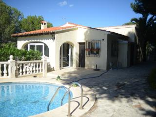 VILLA BAYONA, 3 BEDROOMS, PRIVATE POOL - Moraira vacation rentals