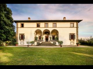 Lavish 8BR Villa w pool only 10 Miles to Florence! - San Casciano in Val di Pesa vacation rentals