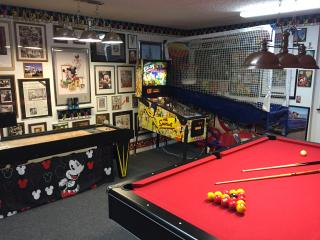 New Video,Awesome Game Room,Pool,Spa, 65 4KTV,4/3, - Kissimmee vacation rentals