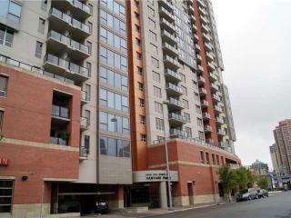 Move-in Today, Downtown location, Fully Furnished - Calgary vacation rentals