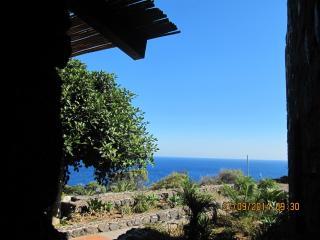 Pantelleria, dammuso Carrubbo - Pantelleria vacation rentals