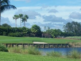 Golfer's Paradise; Stunning 2 bed 2 bath Condo - Naples vacation rentals
