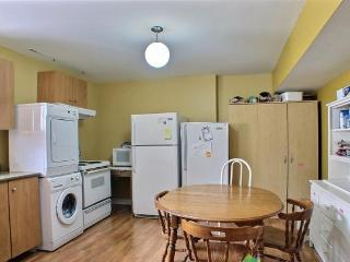 Rooms near the University Laval and Laval Hospital - Quebec City vacation rentals