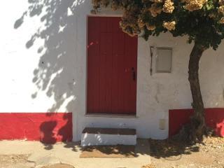 Romantic 1 bedroom Farmhouse Barn in Elvas - Elvas vacation rentals
