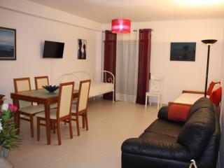T1 Espaçoso e Luminoso c/ Parqueamento - Vila Real de Santo Antonio vacation rentals