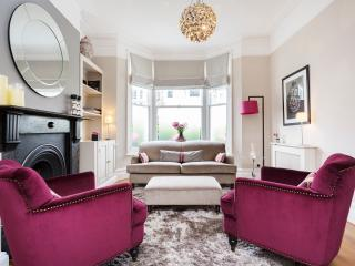 4 bed house, Chestnut Grove, Balham - London vacation rentals
