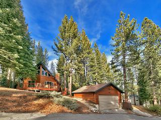 Cozy & Secluded 3BR South Lake Tahoe Home w/Private Hot Tub & Foosball Table - Just a Few Miles from Ski Resorts, Golf Courses & the Lake! - South Lake Tahoe vacation rentals